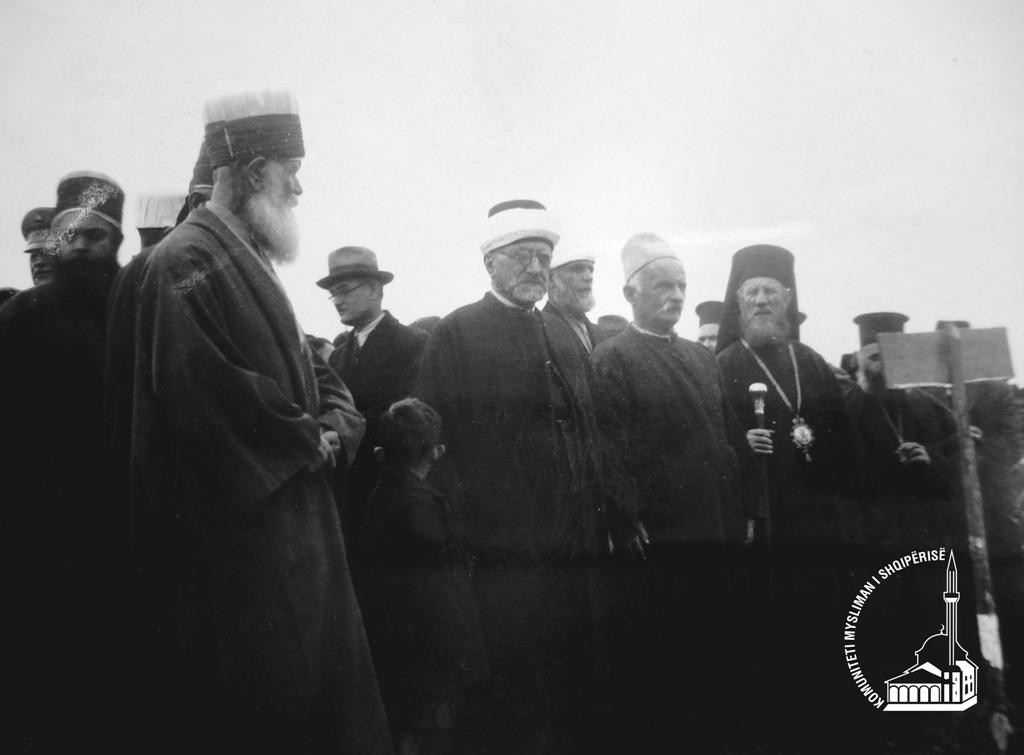 1937-vizite te kryegjyshi-01