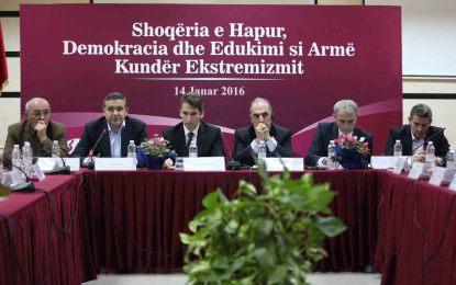 Edukimi dhe demokracia do ta mposhtin ekstremizmin