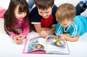 Back-to-School-Kids-Reading