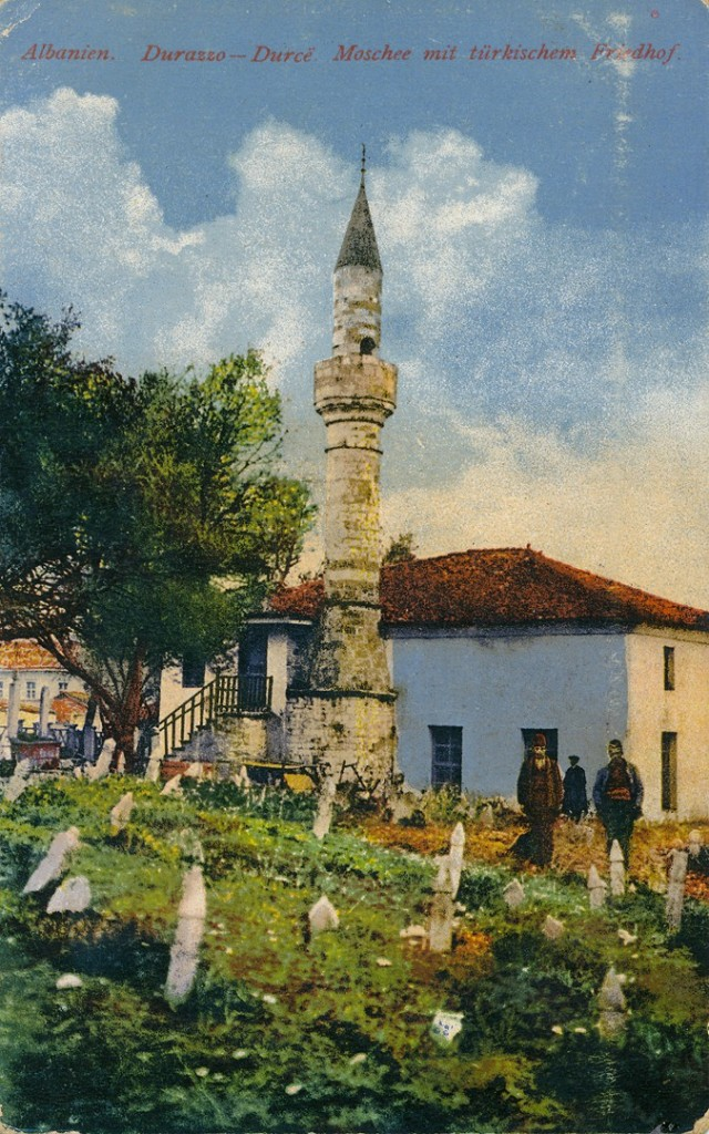 Xhamia-e-Varoshit-në-Durrës-1918-640x1024